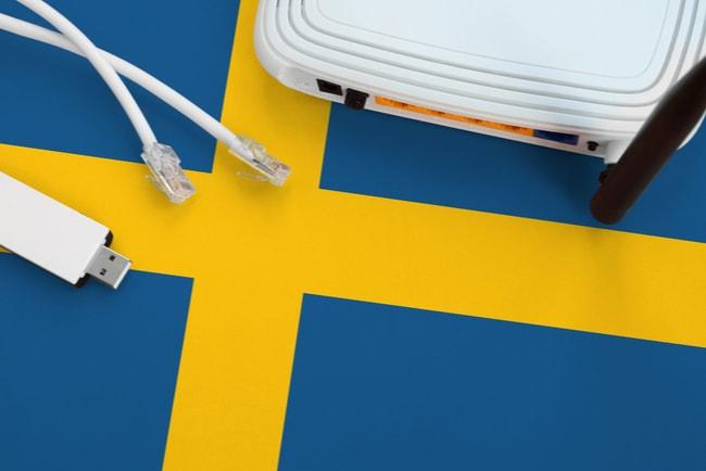 vit router på svenska flaggan