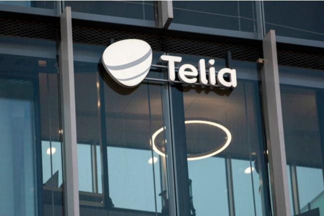 Telias logotyp på glasvägg