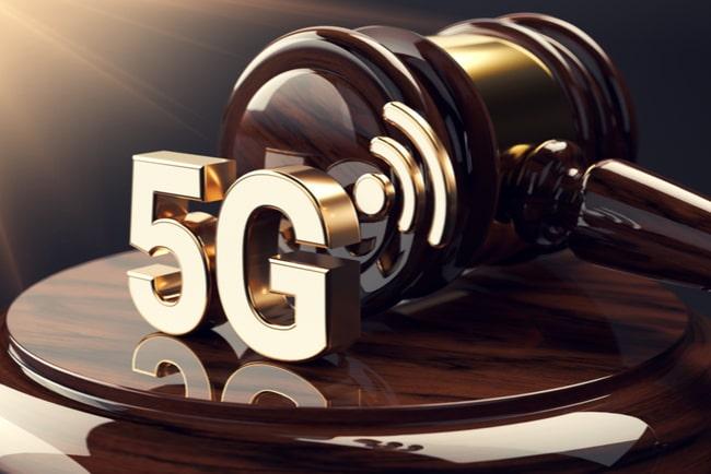 5G-symbol och domarklubba