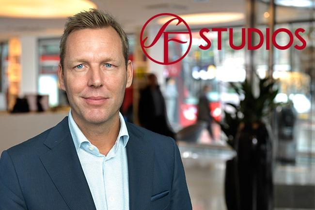 Johan Dennelind och hans Telia har planer på att köpa SF Studios. Foto: Press/Telia, Press/SF Studios